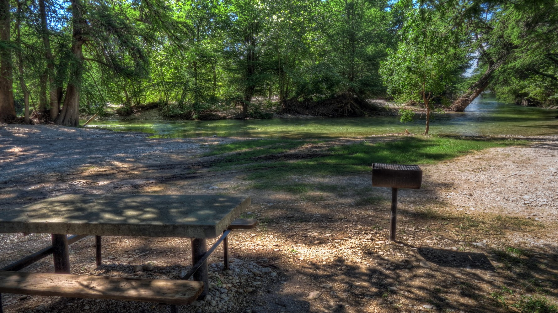 fall near vacation on lodges fun lost cabins rentals rio garner river the everyone frio for